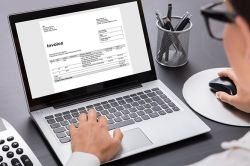 How to prepare VAT Invoices in the UAE